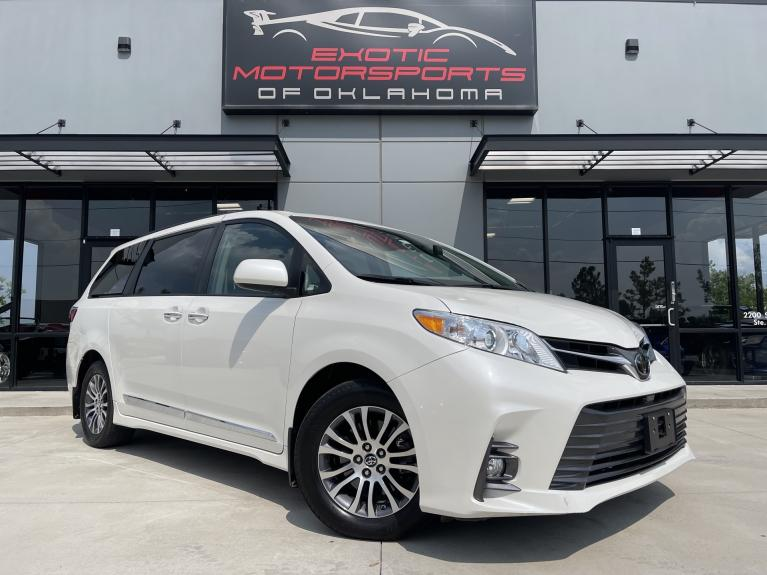 Used 2018 Toyota Sienna XLE for sale $31,995 at Exotic Motorsports of Oklahoma in Edmond OK